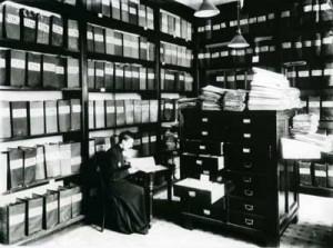 Федор Морозов за бумагами в архиве Александро-Невской Лавры